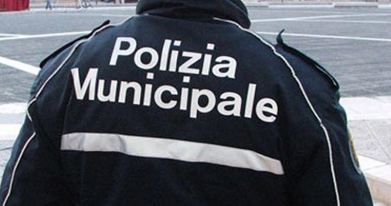 Coronavirus, il primo positivo nella polizia municipale di Napoli