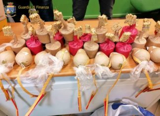 Melito, GdF sequestra 330 kg di botti illegali: un arresto e una denuncia