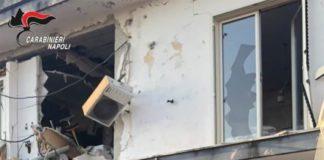 Arzano, ordigni artigiani esplosivi in casa: arrestato un 23enne