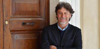 """Giorgio Tirabassi tranquillizza tutti dopo l'infarto: """"Sto bene"""""""