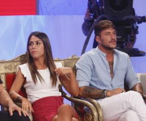 Uomini e Donne, anticipazioni: Giovanna tira una scarpa a Giulio