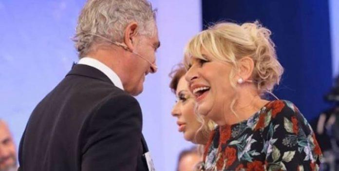 """Uomini e Donne trono over: Gemma """"sfida"""" Tina ed è sempre più vicina a Juan Luis"""