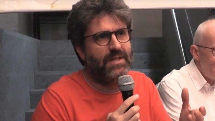 Agguato al giornalista Mario De Michele, direttore di