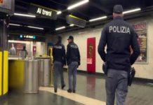 Metropolitana di Napoli, controllori aggrediti da due sorelle senza biglietto