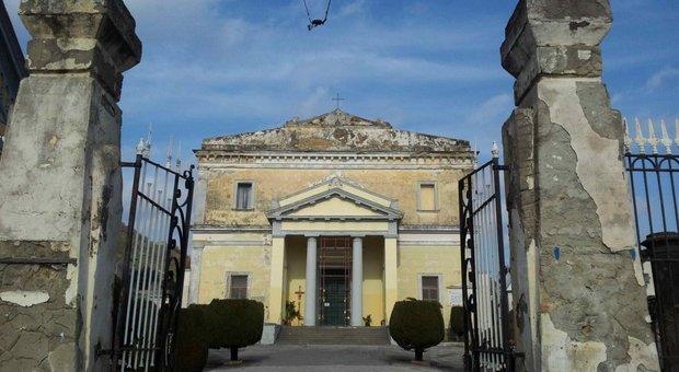 Maltempo, prorogata la chiusura del cimitero di Pozzuoli