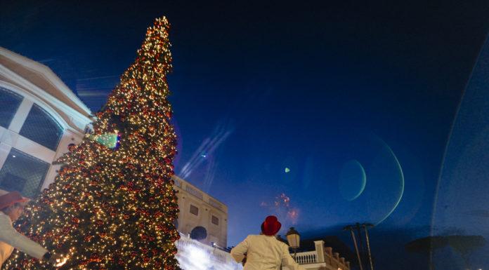 A La Reggia Designer Outlet arriva la magica slitta di Babbo Natale