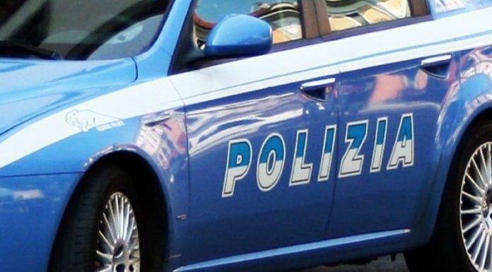 """Scampia: Polizia scopre """"circolo ricreativo"""" in via Labriola. Denunciate 6 persone"""