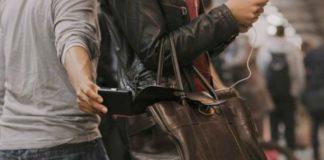 Piazza Garibaldi, arrestati otto membri della banda dei borseggiatori: I NOMI
