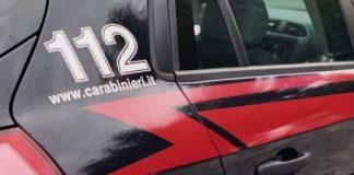 Sparanise, 42enne aggredisce moglie e figlio con un'ascia: arrestato