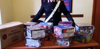 Vico Equense, scoperte scorte illegali di fuochi d'artificio: sequestri e denunce
