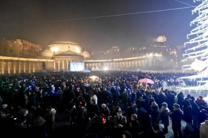 Attesa per il concertone di Capodanno a Napoli: potrebbe esserci Daniele Silvestri