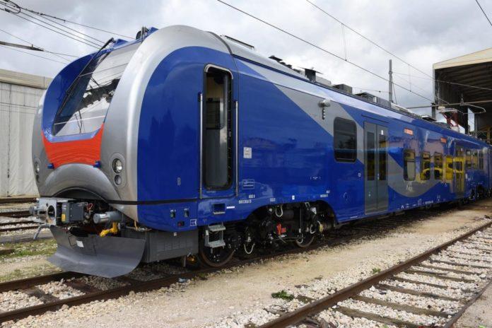 Trasporti, EAV: 68 milioni di euro dall'Unione Europa per i treni elettrici