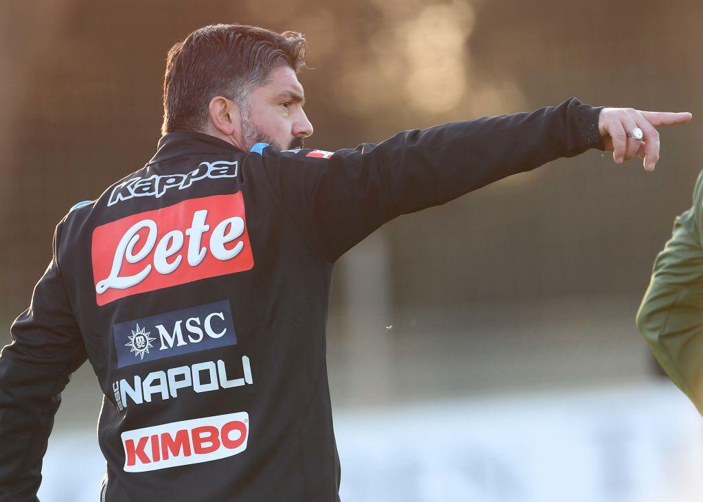 Calcio Napoli polveriera, azzurro cacciato dall'allenamento