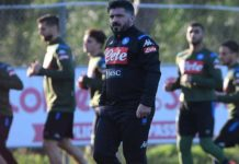 Calcio Napoli, la testa al Brescia per non pensare al Barcellona