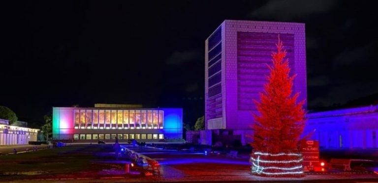 Fuorigrotta: tanti colori per il Natale alla Mostra d'Oltremare