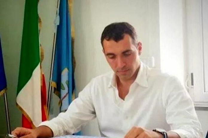 Corruzione e falso in atti pubblici: arrestato il sindaco di Villa Literno