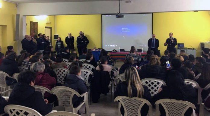 Napoli: Carabinieri e Parrocchia per prevenire gli incidenti con fuochi d'artificio