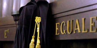 Istigazione alla corruzione nella vendita di una casa: un avvocato ai domiciliari