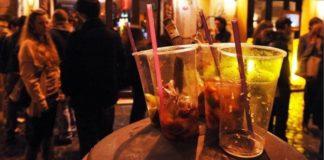 Napoli: 23 multe a gestori di locali che hanno somministrato alcol a minori