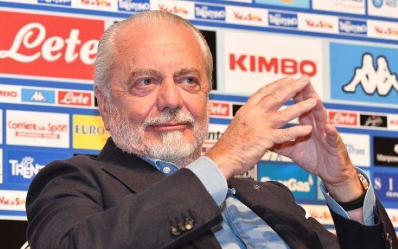Calcio Napoli, patto De Laurentiis-squadra per lo sprint finale