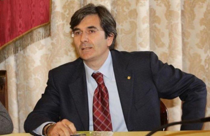 """Rifiuti a Napoli, Raffaele Del Giudice: """"Situazione in costante rientro"""""""