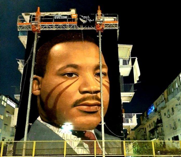 Jorit omaggia il grande Martin Luther King: un murale per lui a Napoli