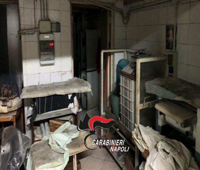 Varcaturo: sequestrato un forno in cui venivano bruciati mobili, colle e vernici