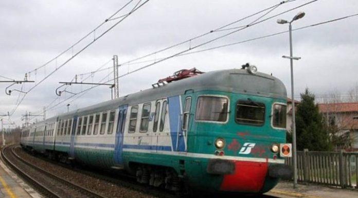 Albanova, dramma sui binari: uomo si suicida facendosi travolgere da un treno