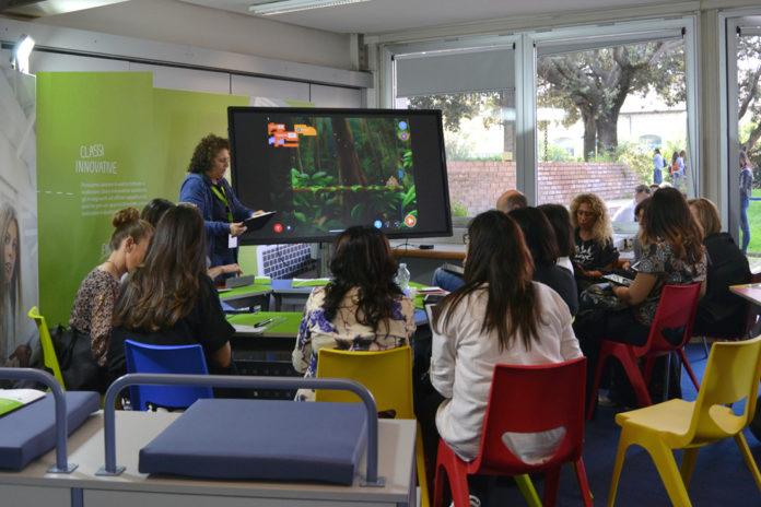 Gli studenti diventano innovatori a School Village 2020