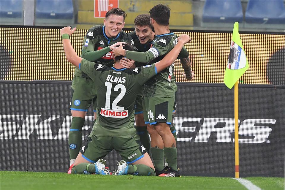 Il Calcio Napoli ringhia e conquista la battaglia di Marassi: Sampdoria battuta 4-2