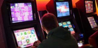 Regione Campania, ecco la legge sul gioco d'azzardo: distanziometro di 250 metri