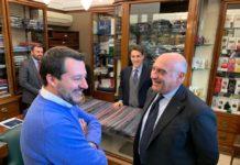 Per conquistare Napoli, Salvini fa tappa da Marinella