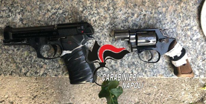 Napoli e Pozzuoli, controlli a tappeto dei Carabinieri: arresti e sequestri di pistole e droga