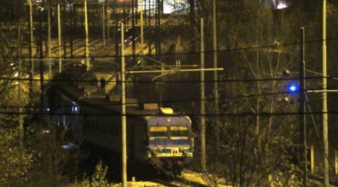 Deraglia carrozza del treno Napoli-Benevento, panico tra i passeggeri
