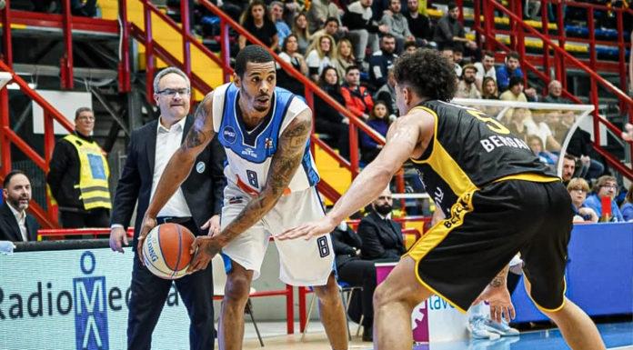 Basket. La GeVi Napoli torna alla vittoria: battuta Bergamo 77-75