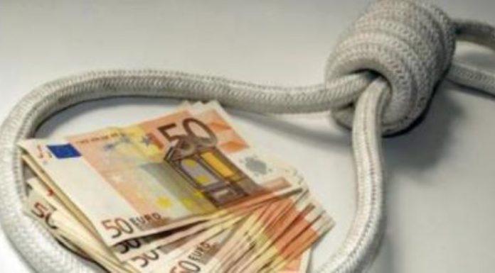Lusciano, prestava soldi con interessi fino al 260%: arrestato usuraio