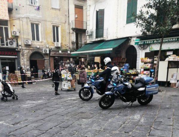 Napoli, Pignasecca: controlli e denunce della Polizia di Stato
