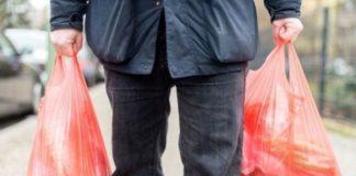 Emergenza Coronavirus a Napoli: uomo derubato delle buste della spesa