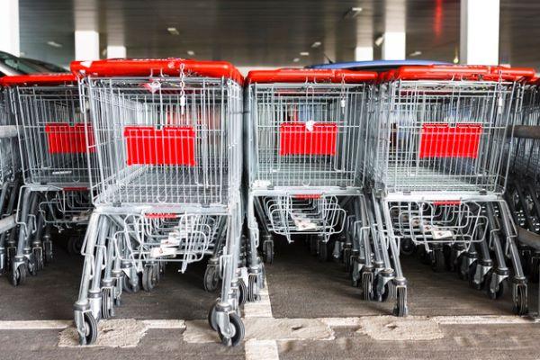 Napoli, Chiaia: Furto in un supermercato in via Lomonaco. Arrestato 36enne