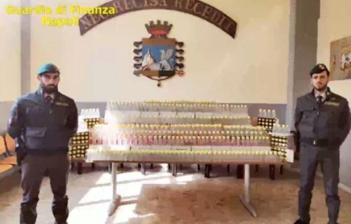 GdF: sequestrate oltre 2500 confezioni di igienizzante per le mani non a norma