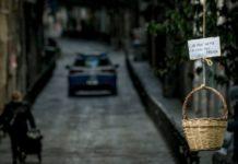 """Coronavirus: a Napoli il """"panaro solidale"""" per aiutare i bisognosi"""