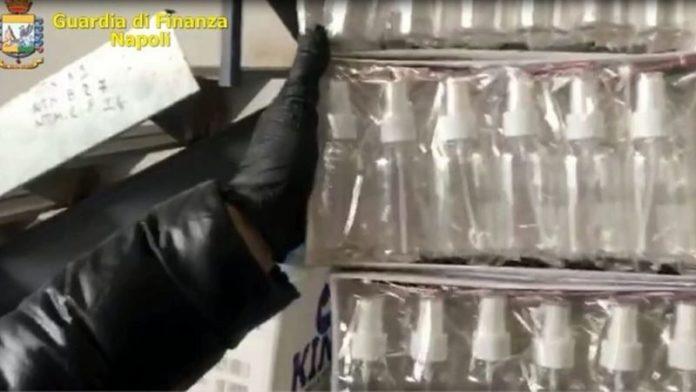 Arzano e Frattamaggiore: sequestrati oltre 1500 litri di igienizzante per le mani