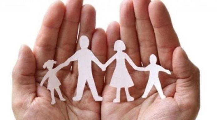 Regione Campania, sostegno a famiglie con figli sotto i 15 anni: come fare richiesta