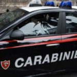 Pomigliano d'Arco: In due si schiantano contro un palo per seminare i carabinieri