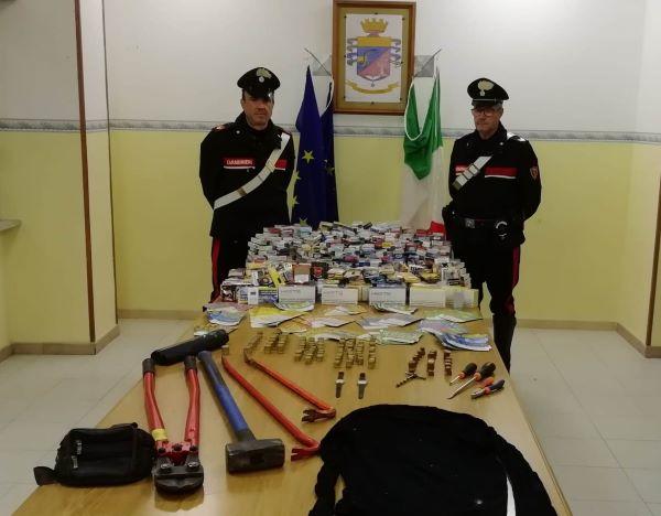 Cerreto Sannita, furto in una tabaccheria: ladri fuggono ma refurtiva recuperata