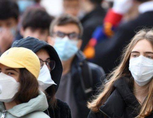 """Coronavirus, uno studio cinese avvisa l'Italia: """"Troppo presto per la fase 2"""""""