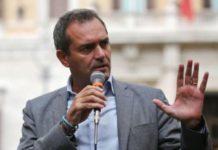 """Luigi de Magistris: """"Domani una ordinanza per aprire più spazi possibili"""""""