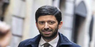 """Coronavirus, l'annuncio di Roberto Speranza: """"Misure restrittive fino al 13 aprile"""""""