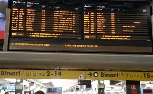 Napoli Centrale: cancellazioni e rallentamenti ai treni
