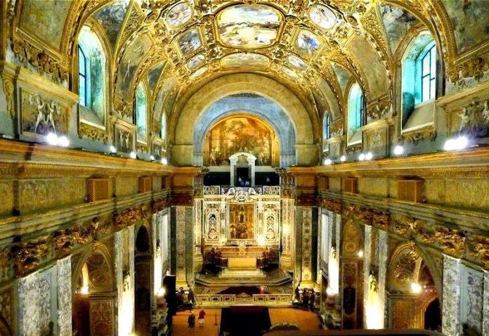 Il Complesso Monumentale di Donnaregina raccontato in video dal critico d'arte Nicolucci